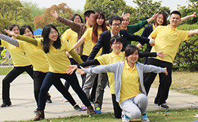 元亨祥基金集团2015团结就是力量拓展训练